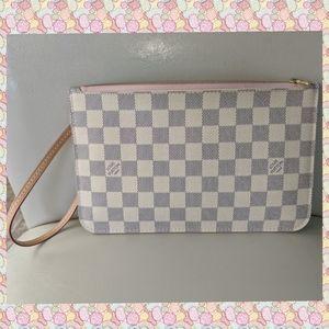 Louis Vuitton Rose Ballerine Damier Azur pochette